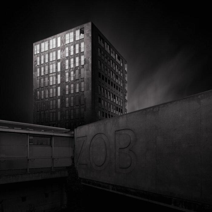ZOB Passau mit Stadturm Fine Art Fotografie